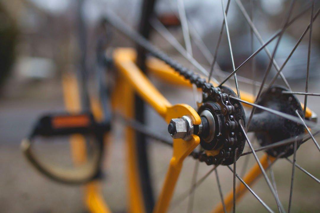 rower-do-poslizgu-felieton-motoryzacyjny